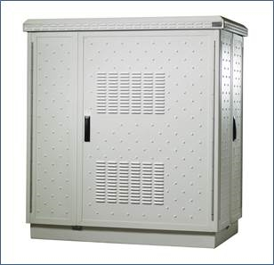 Double wall, outdoor cabinet